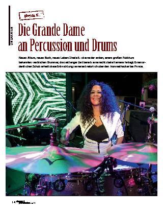 Die Grande Dame an Percussion und Drums